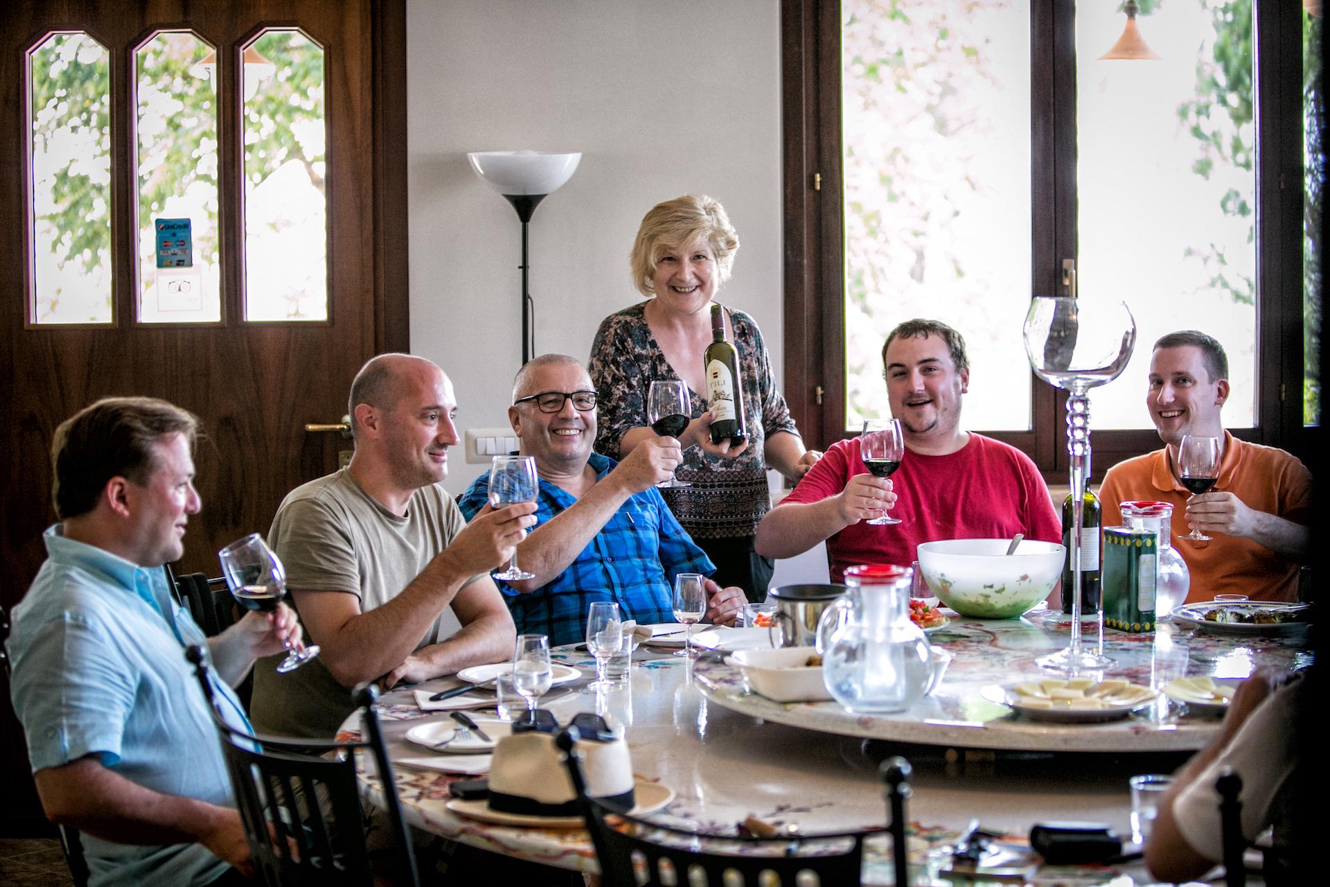 Tili Vini Assisi - Degustazioni - Apprendista assaggiatore di olio per un giorno