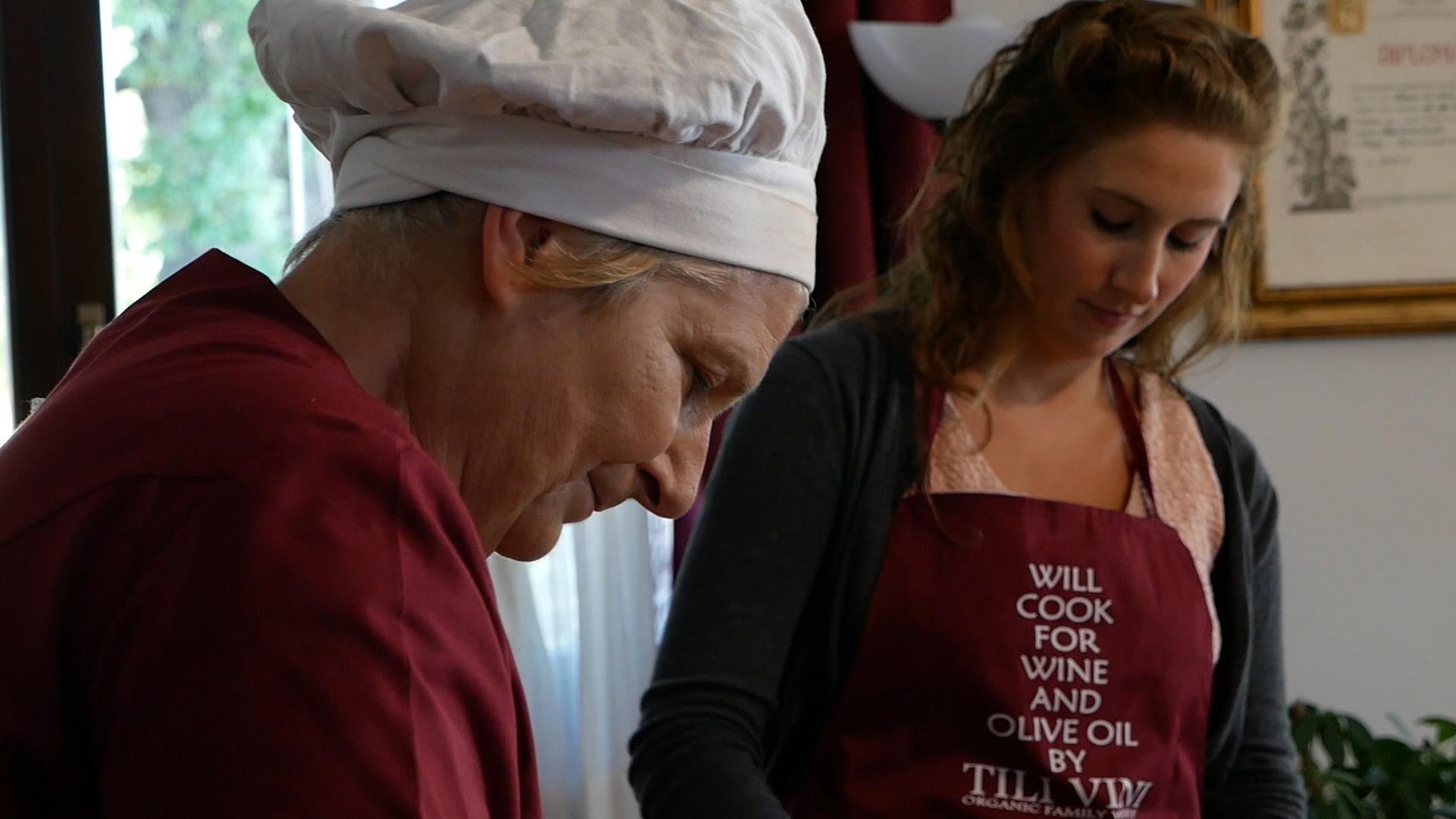Esperienza sensoriale Assisi Tili Vini - Lezioni di cucina Umbra 1