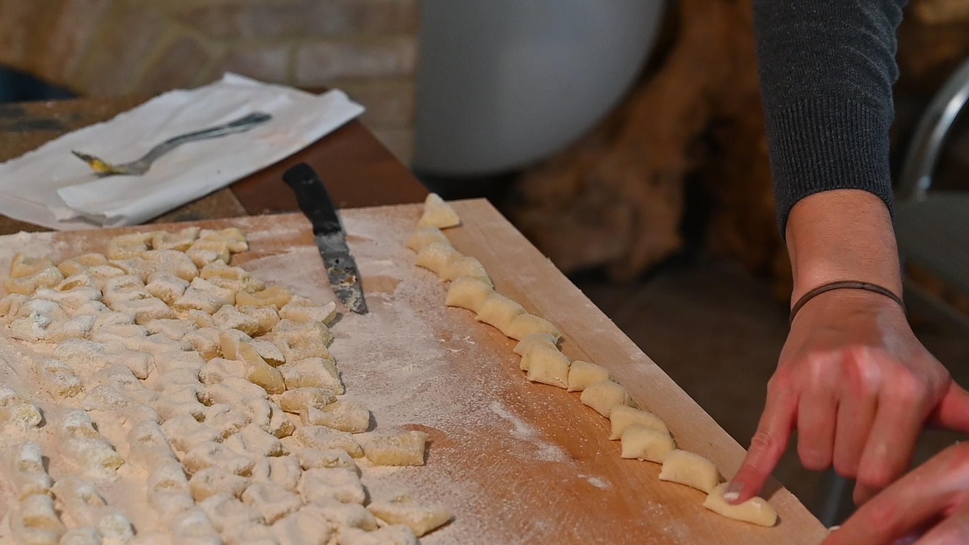 Esperienza sensoriale Assisi Tili Vini - Lezioni di cucina Umbra 16