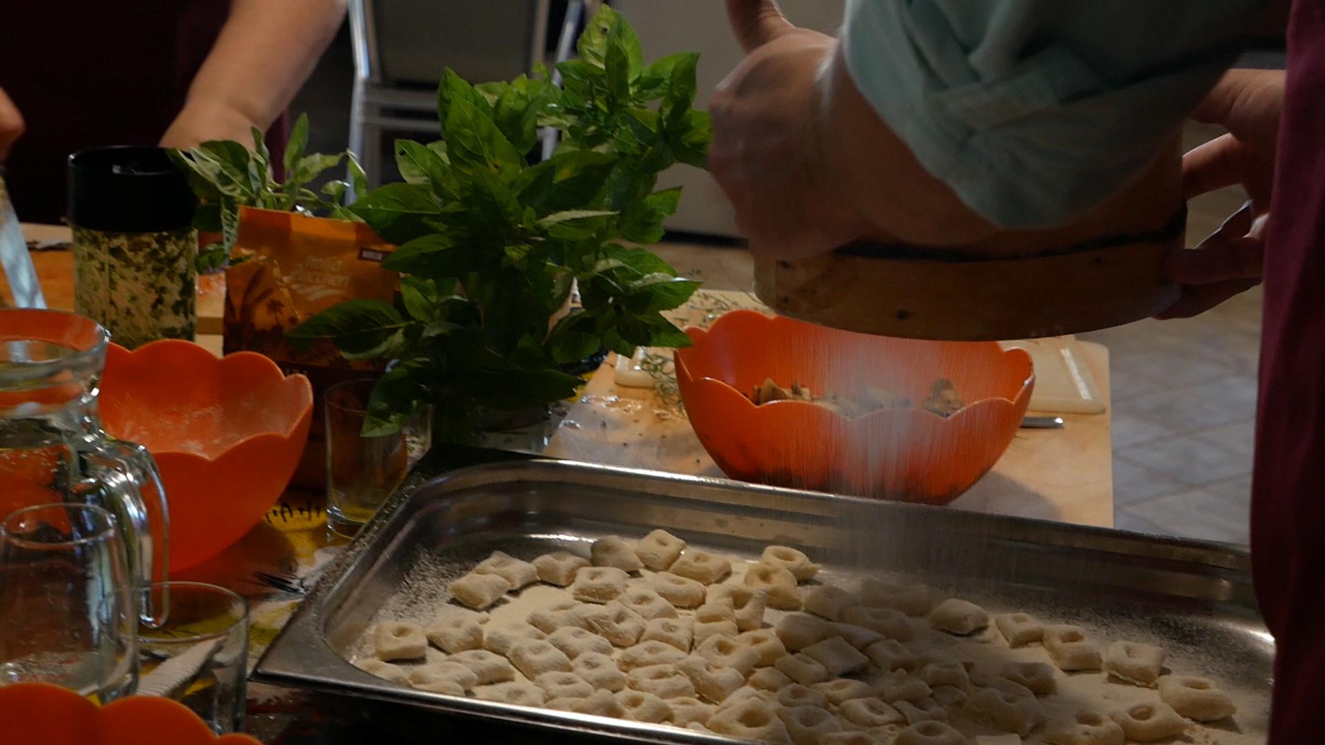 Esperienza sensoriale Assisi Tili Vini - Lezioni di cucina Umbra 3