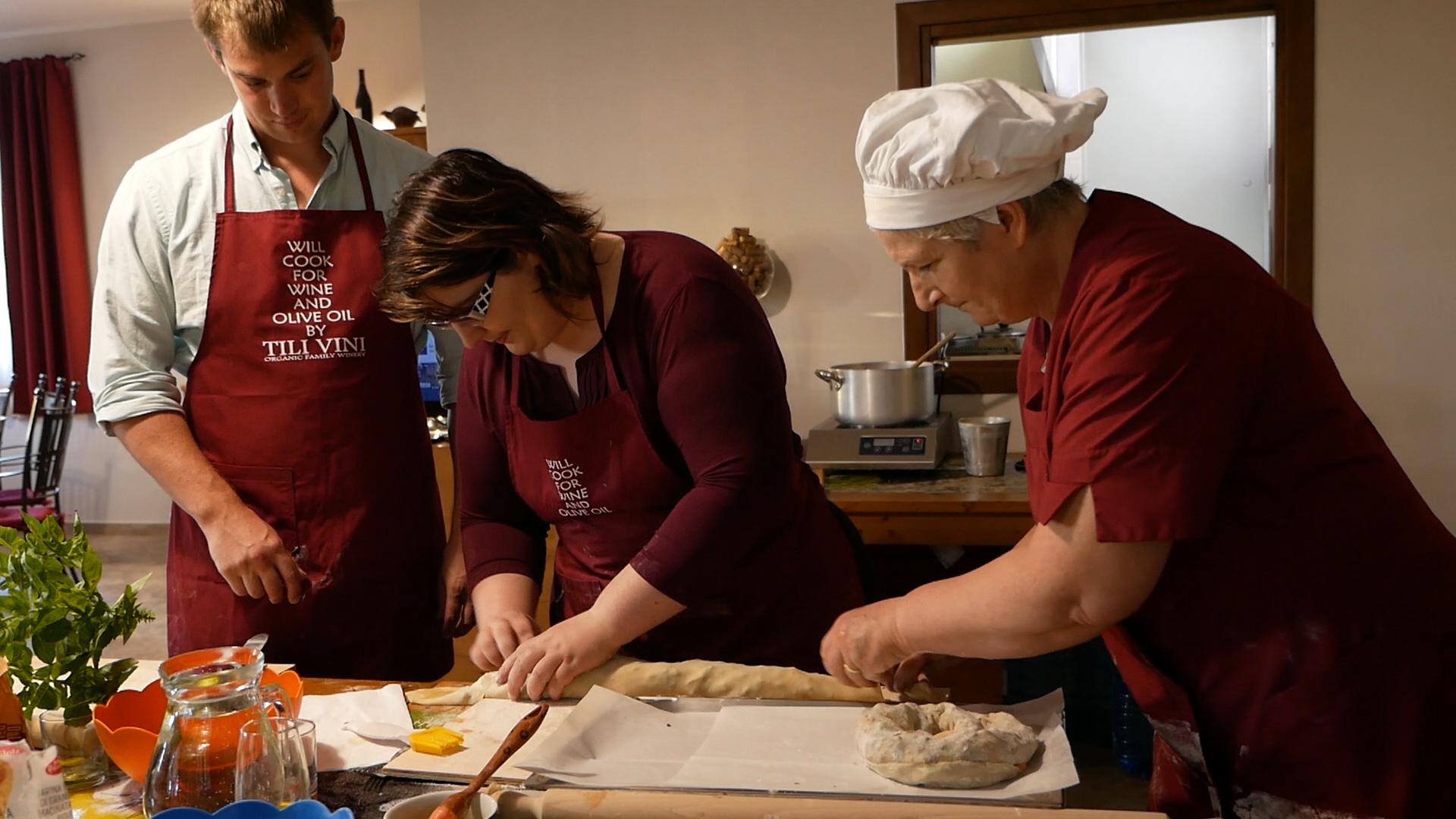 Esperienza sensoriale Assisi Tili Vini - Lezioni di cucina Umbra 7