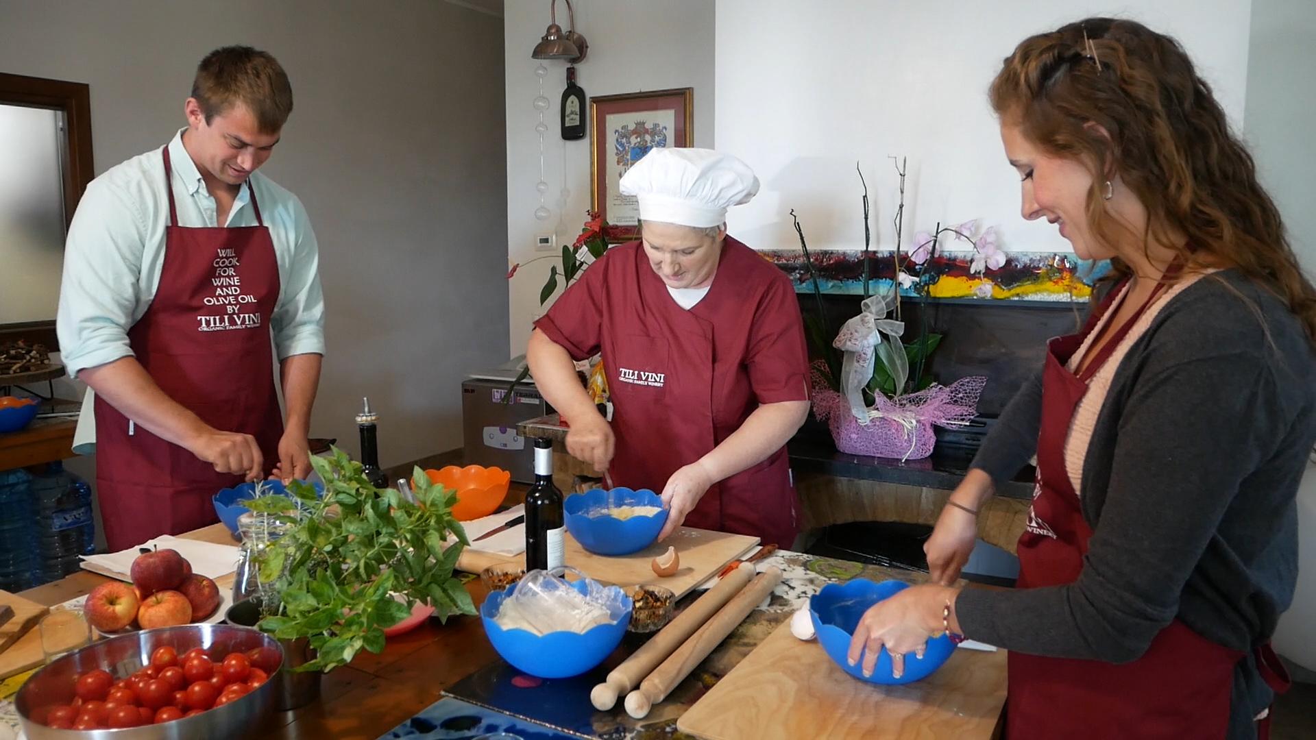 Esperienza sensoriale Assisi Tili Vini - Lezioni di cucina Umbra 8