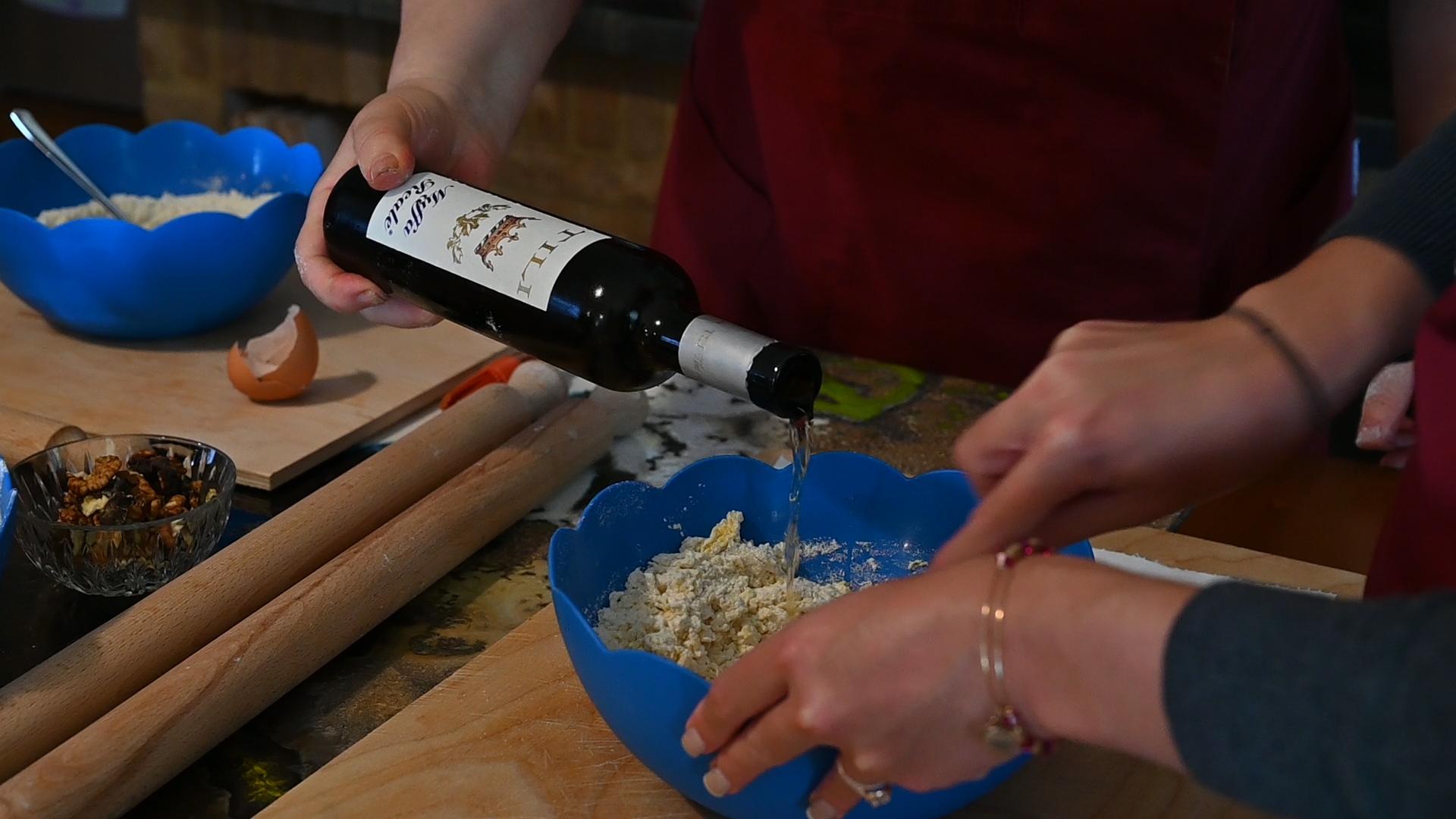Esperienza sensoriale Assisi Tili Vini - Lezioni di cucina Umbra 9